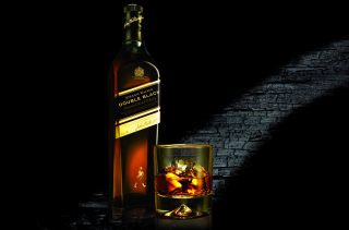 Whiskey Bottle - Fondos de pantalla gratis