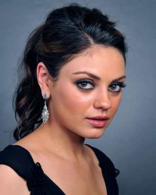 Talented actress Mila Kunis Picture for Nokia Lumia 610