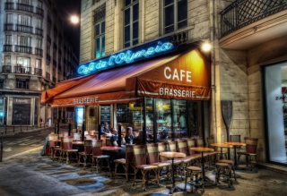 Free Paris Cafe Picture for 320x240