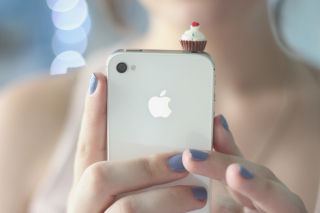 Free Cupcake Iphone Picture for Android, iPhone and iPad