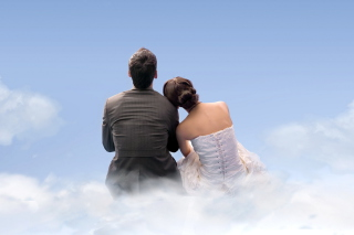 Couple Sitting On Clouds sfondi gratuiti per cellulari Android, iPhone, iPad e desktop