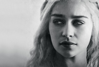 Emilia Clarke Wallpaper for Desktop 1280x720 HDTV