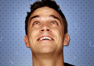 Kostenloses Robbie Williams Wallpaper für Samsung Galaxy Ace 3