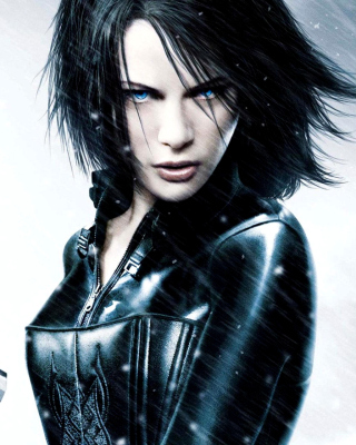 Underworld Evolution with Kate Beckinsale Wallpaper for Nokia Asha 306