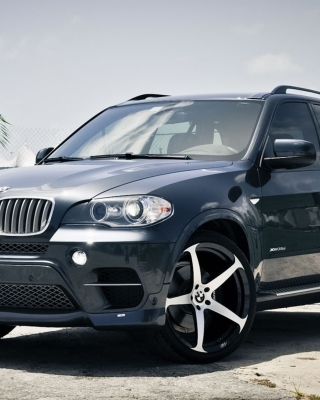 BMW X5 Picture for Nokia X2-02