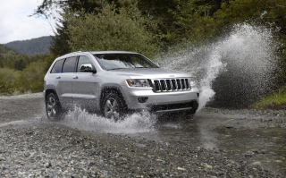 Jeep Grand Cherokee sfondi gratuiti per cellulari Android, iPhone, iPad e desktop