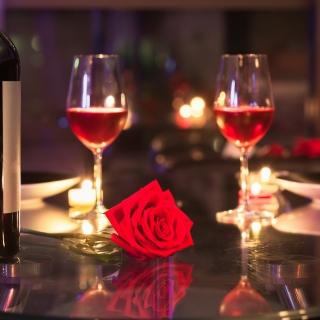 Romantic evening with wine Background for LG KP105