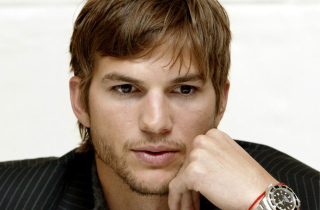 Ashton Kutcher Background for Android, iPhone and iPad