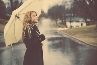 Under Umbrella Wallpaper for Android, iPhone and iPad