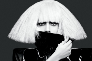 Lady Gaga Black And White sfondi gratuiti per 220x176