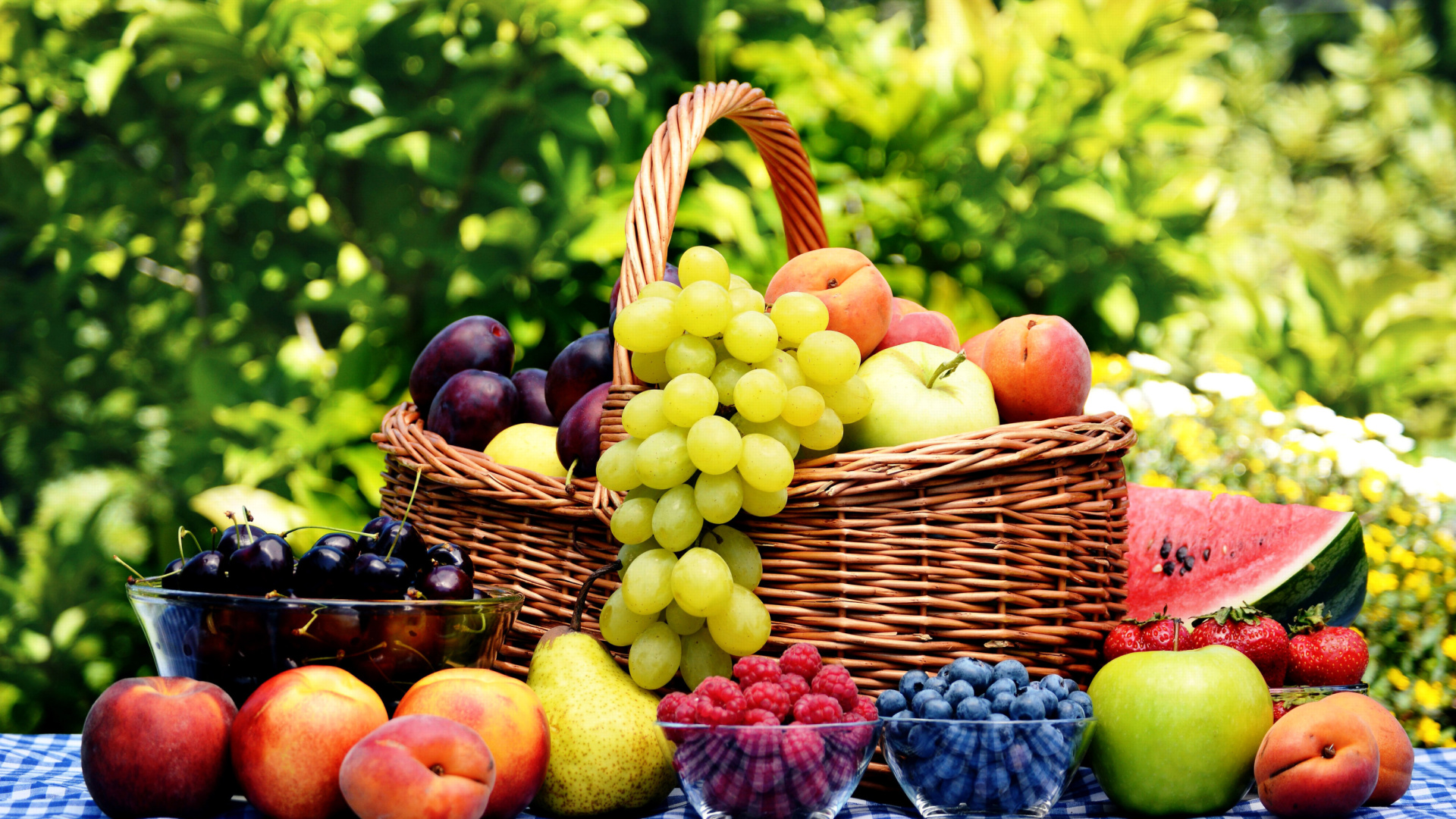 Organic Fruit Gift Basket Wallpaper for 1920x1080