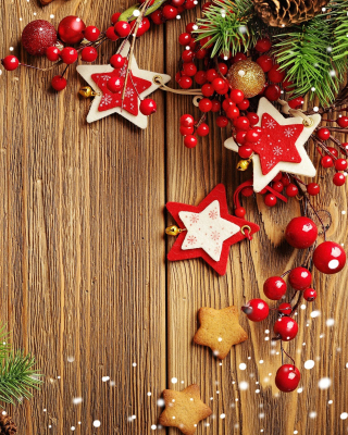 Xmas Wooden Decorations with Cones - Fondos de pantalla gratis para 320x480