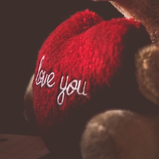 Kostenloses Love You Plush Bear Wallpaper für iPad mini 2