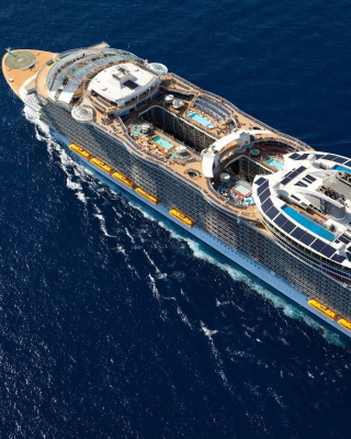 Allure of the Seas Cruise Ship sfondi gratuiti per iPhone 6 Plus