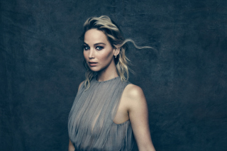 Free Jennifer Lawrence Picture for 220x176