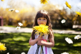 Sweet Child With Yellow Flower Bouquet papel de parede para celular para Sony Xperia M