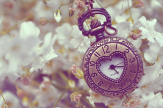 Pocket Watch In Form Of Heart - Fondos de pantalla gratis