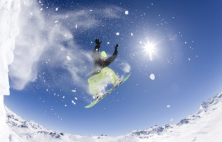 Snowboarding Background for Android, iPhone and iPad