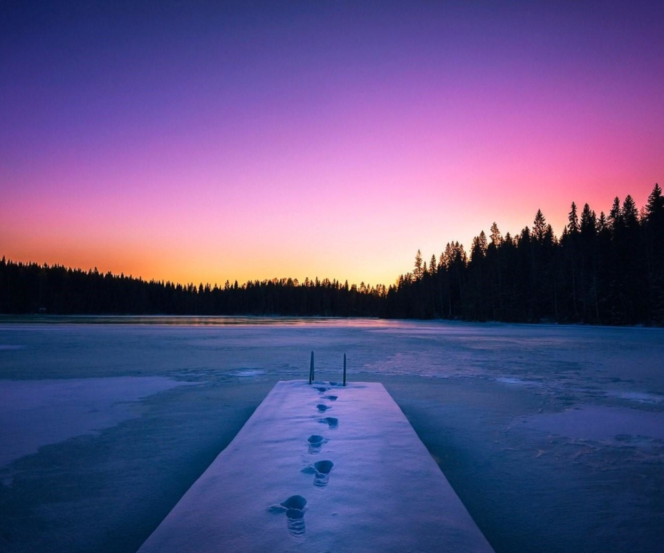 Winter Lake wallpaper 960x800