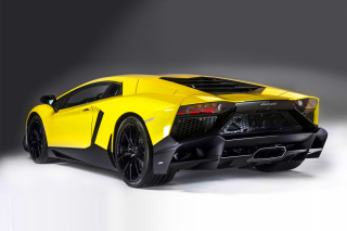 Lamborghini Aventador LP 720 4 Roadster Background for Android, iPhone and iPad
