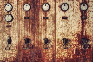 Old Rusty Gauges Picture for Android, iPhone and iPad