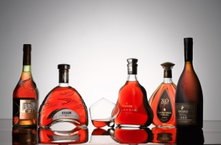 Delamain Martell Hennessy Courvoisier Remy-Martin Background for Android, iPhone and iPad