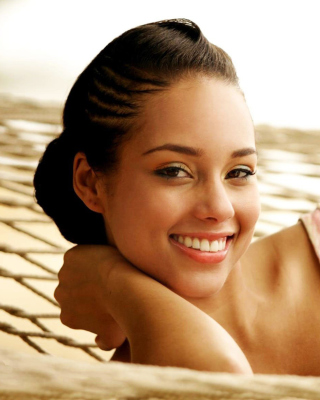 Alicia Keys Picture for 240x320