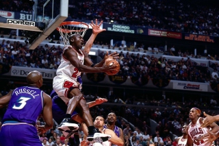 Michael Jordan Goal Background for Android, iPhone and iPad
