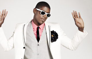 Free Labrinth Music Picture for HTC Desire HD