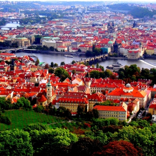 Prague Red Roofs - Fondos de pantalla gratis para iPad 2