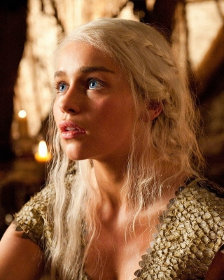 Khaleesi Game of Thrones sfondi gratuiti per iPhone 4S