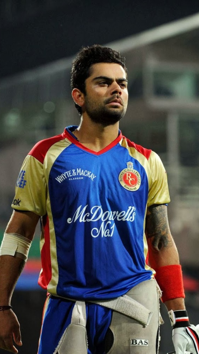 Sfondi Virat Kohli in India Cricket HD 640x1136