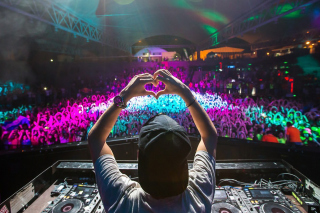 Avicii Wallpaper for Widescreen Desktop PC 1440x900