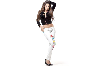 Gauhar Khan HD Bollywood Picture for Android, iPhone and iPad