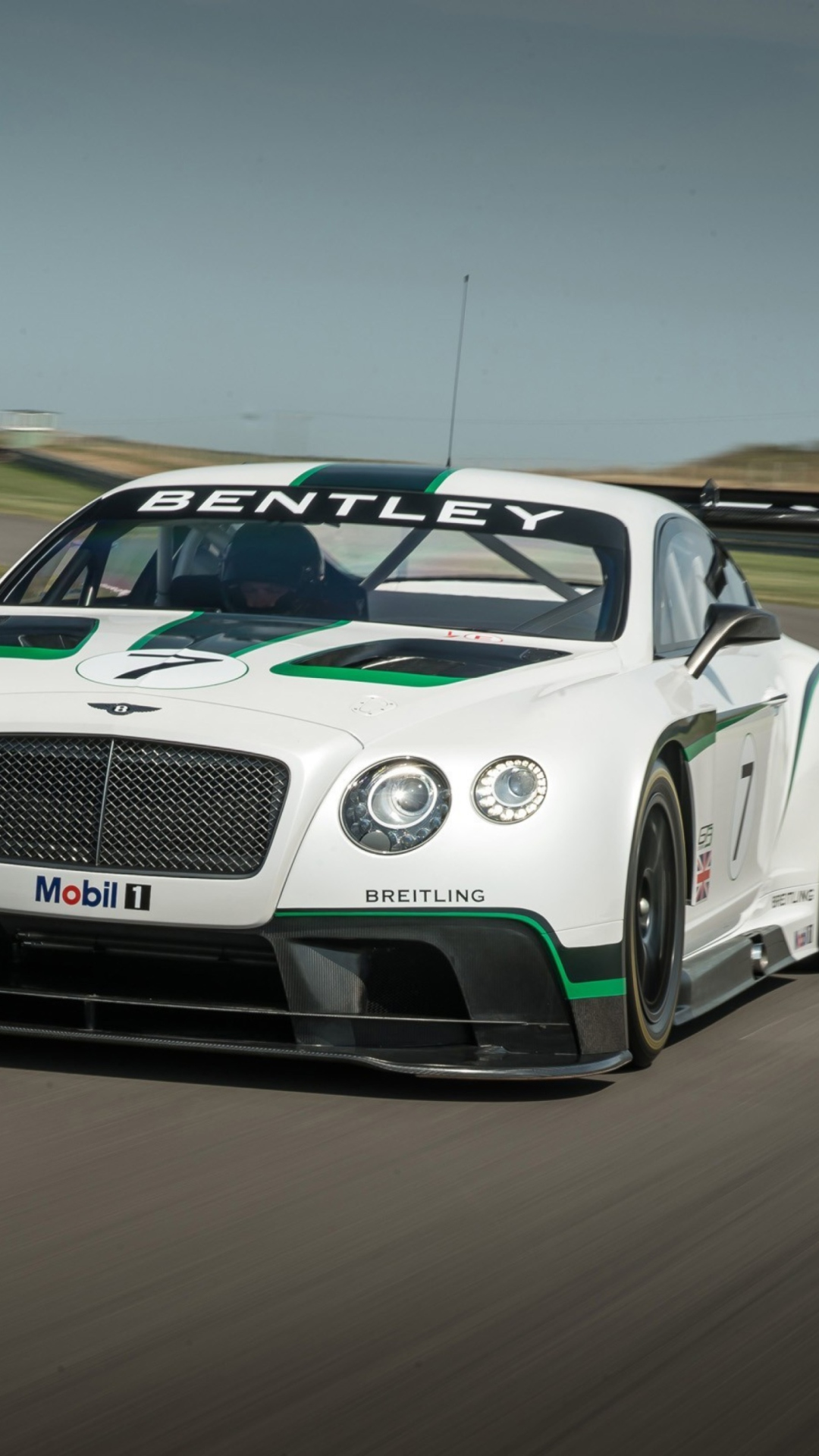 Screenshot №1 pro téma Bentley Continental GT3 R 1080x1920