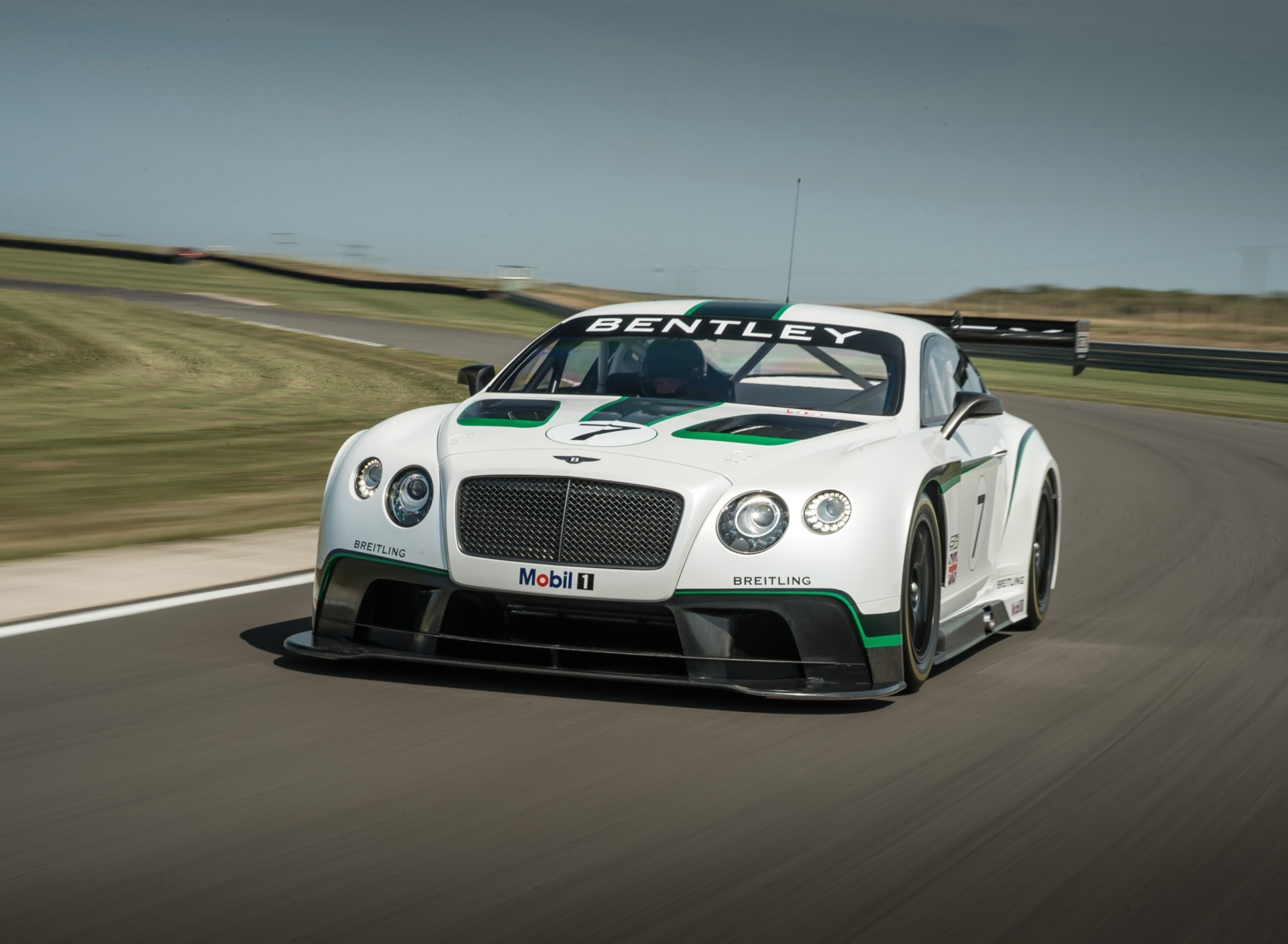 Screenshot №1 pro téma Bentley Continental GT3 R 1920x1408