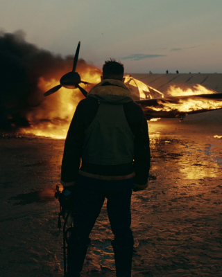 Dunkirk Movie Background for 240x320