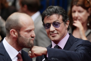 Free Jason Statham and Sylvester Stallone Picture for HTC EVO 4G