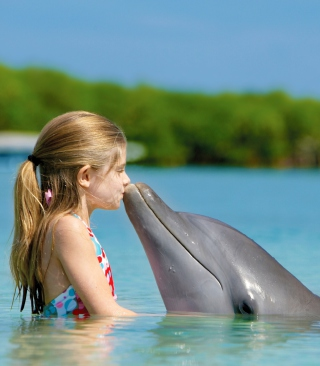 Friendship Between Girl And Dolphin - Obrázkek zdarma pro iPhone 5C