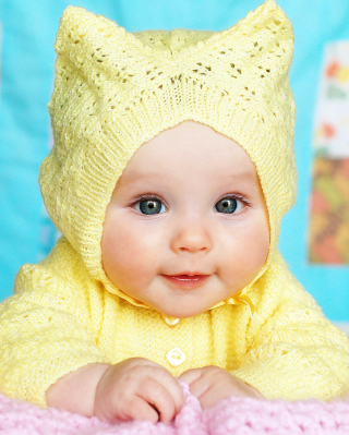 Free Baby In Yellow Hood Picture for Nokia C5-06
