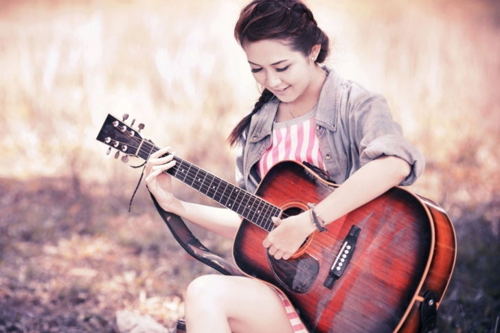 Chinese girl with guitar wallpaper