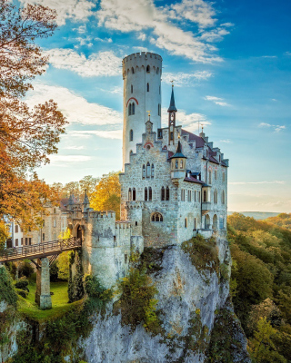 Lichtenstein Castle in Wurttemberg Wallpaper for 240x320