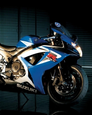 Suzuki GSXR 750 Background for Nokia C-5 5MP