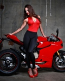 Fondo de pantalla Red Ducati Superbike Model 128x160