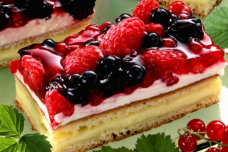 Free Raspberry And Blackberry Dessert Picture for Android, iPhone and iPad