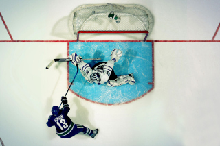 Vancouver Canucks Goal and Goalkeeper papel de parede para celular