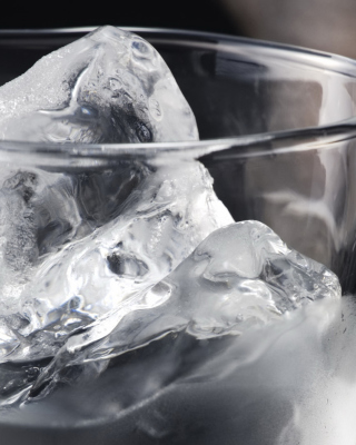 Ice In Glass Background for Nokia Asha 311