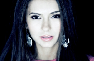 Free Nina Dobrev Picture for Android, iPhone and iPad