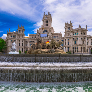 Free Plaza de Cibeles in Madrid Picture for iPad 3