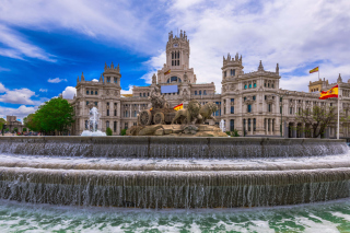 Plaza de Cibeles in Madrid sfondi gratuiti per cellulari Android, iPhone, iPad e desktop